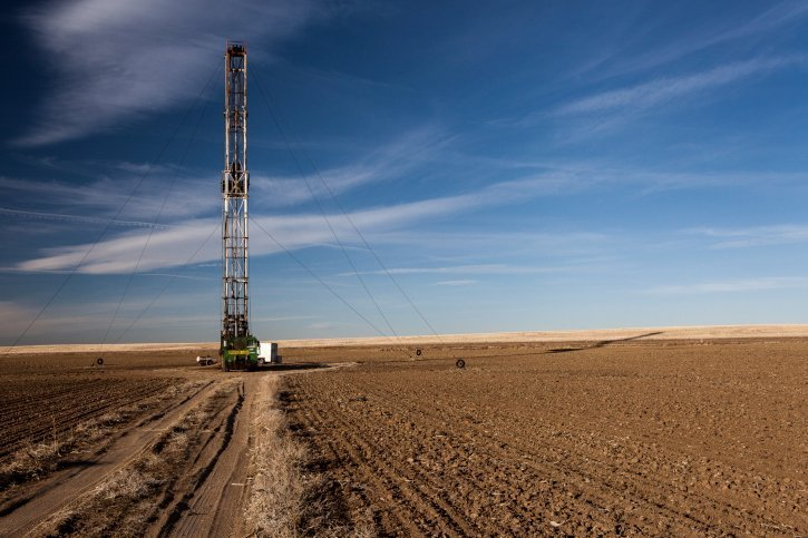 Downhole-Instrumentation-for-Fracking-Operations-Site-Field-Blue-Sky-GEO-PSI-Blog-Post